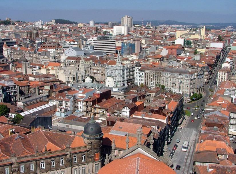 Central_Porto_from_Torre_dos_Clérigos
